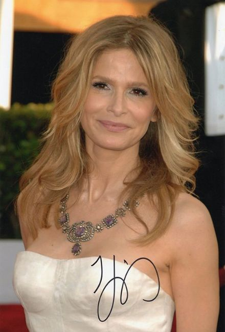 Kyra Sedgwick, American actress & producer, signed 12x8 inch photo.